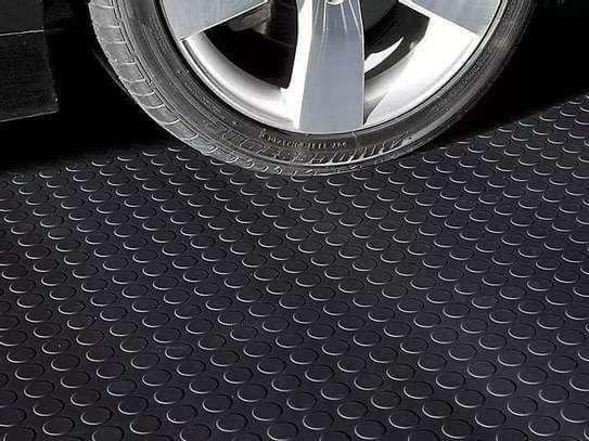 Podlahová guma